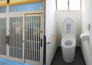 【五泉市】介護のためのリフォーム①玄関とトイレをリフォームして過ごしやすい空間を!