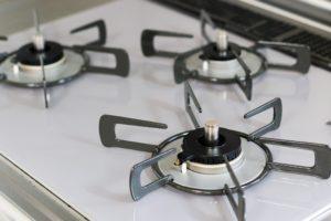【五泉市】お掃除が楽になるビルトインコンロ!人気の「リッセ」で毎日のお料理が楽しくなる!